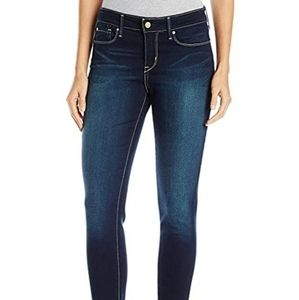 Levi Modern Skinny Jean